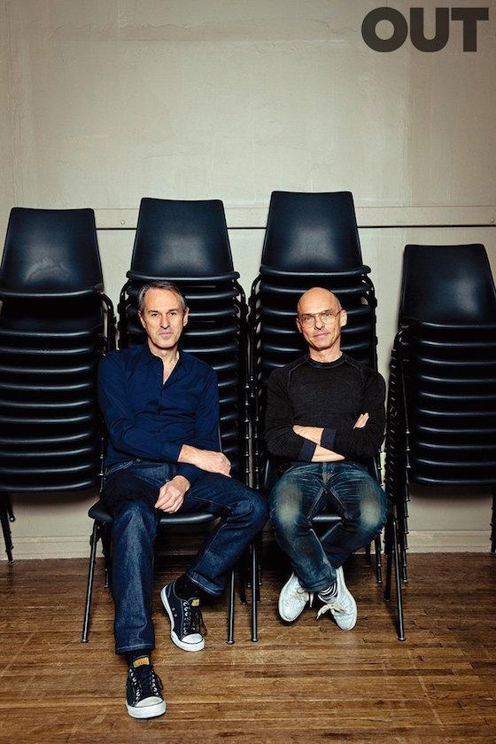 典拠:http://www.out.com/love-issue/2016/1/13/love-portfolio-ivo-van-hove-jan-versweyveld Photography by Gabriela Herman. Ivo van Hove (left) and Jan Versweyveld